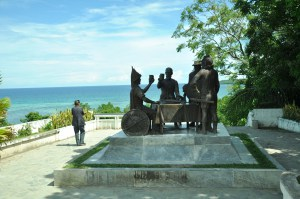 The Blood Compact site, Tagbilaran City, Bohol. Now this one is a true spectacle! This particular site was made in honor of a very important event in the Philippine history done between Miguel Lopez de Legazpi of Spain and Rajah Sikatuna of Bohol. At my back is the Panglao Island which also offers an array of pristine spots one can enjoy to its maximum.